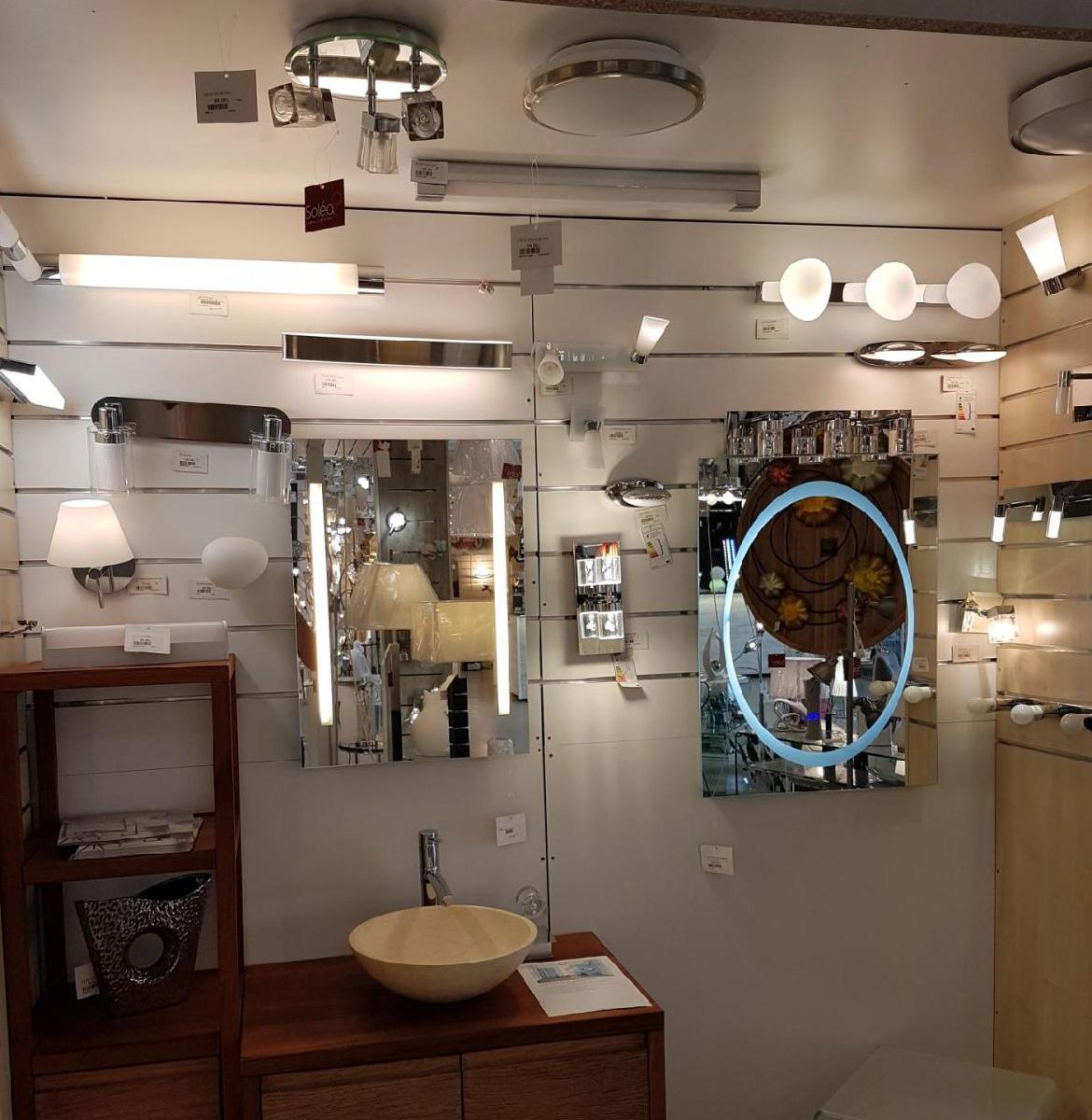 luminaire solea cahors magasin de luminaire lampes ampoules et accessoires cahors magasin. Black Bedroom Furniture Sets. Home Design Ideas